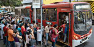 Ponto de ônibus Avenida Amazonas
